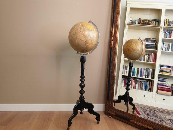 Vintage globe Krause