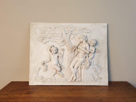 Reliëf van marmer met tafereel Griekse mythologie